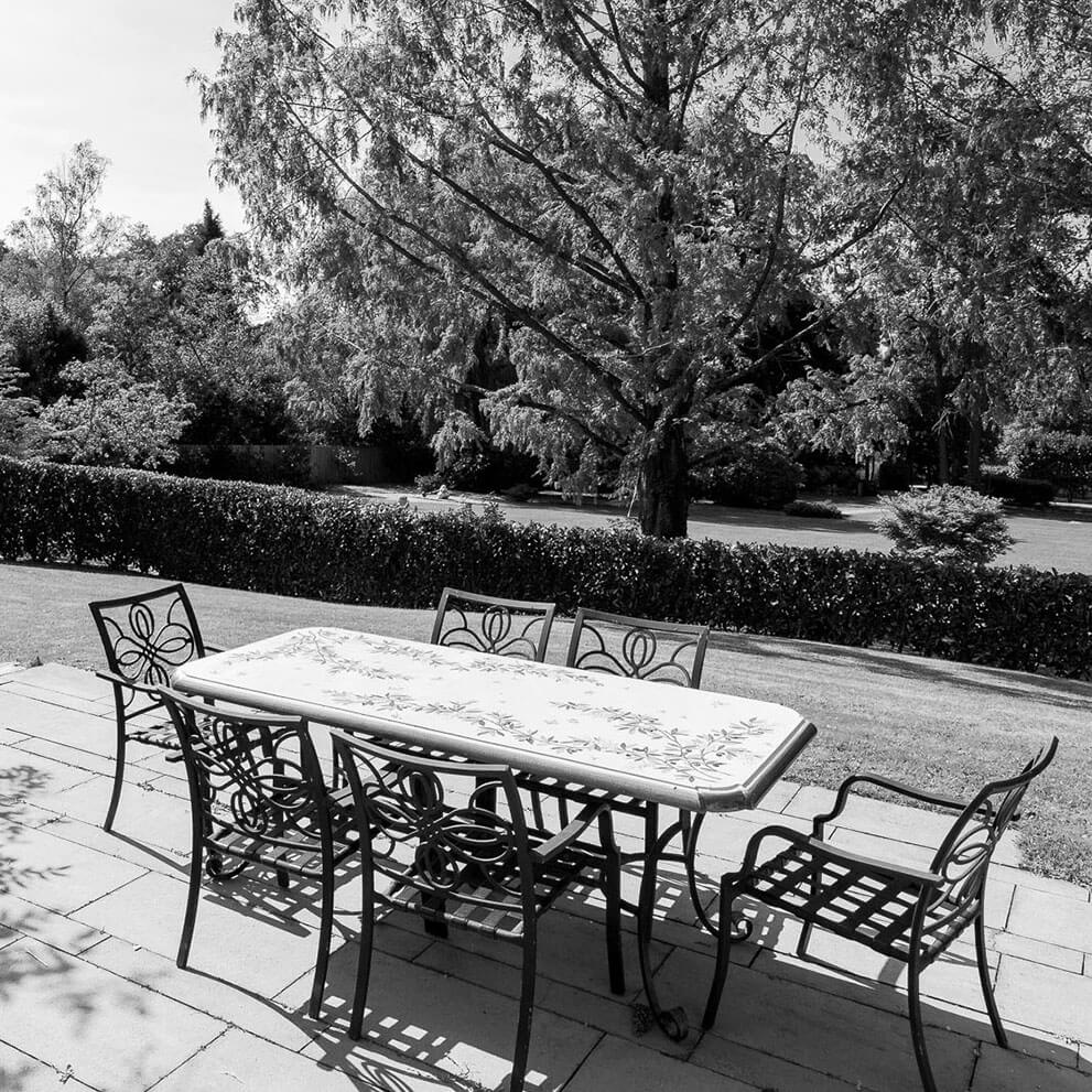 Sitzplatz herrschaftliche Villa